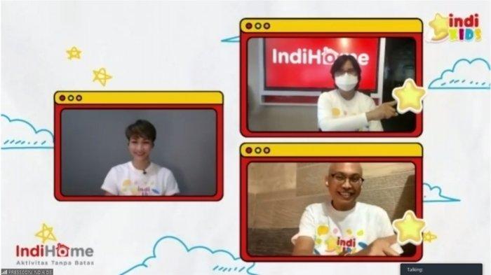Direktur Consumer Service Telkom Venusiana (kanan atas) & Executive General Manager Divisi TV & Video Telkom A.A. Gede Mayun (kanan bawah) saat meluncurkan channel spesial untuk anak, IndiKids secara virtual bertepatan dengan momen Hari Anak Nasional pada Jumat (27/3)