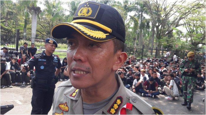 Dua Anggota Kelompok Baju Hitam Dikenai Pasal Perusakan terhadap Barang atau Orang