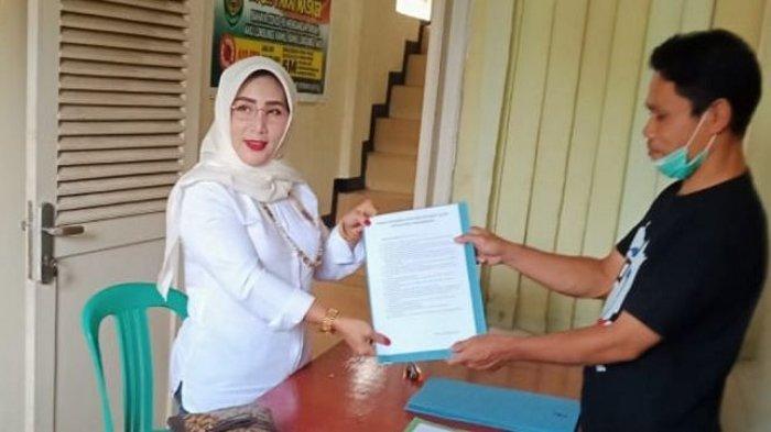Suami Jadi Wakil Bupati Purwakarta, Entin Suhartini Ingin Jadi Kades Tajursindang