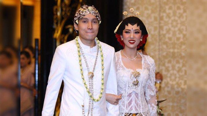 Foto-foto Pernikahan Isyana Sarasvati dan Rayhan Maditra di Bandung, Dekorasi Tempatnya Romantis