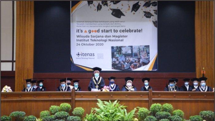 ITENAS Bandung Mewisuda 692 Lulusannya Secara Virtual