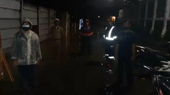 Semalam Jakarta Banjir Lagi Gara-gara Kali Krukut Meluap, Tingginya sampai 1,2 Meter