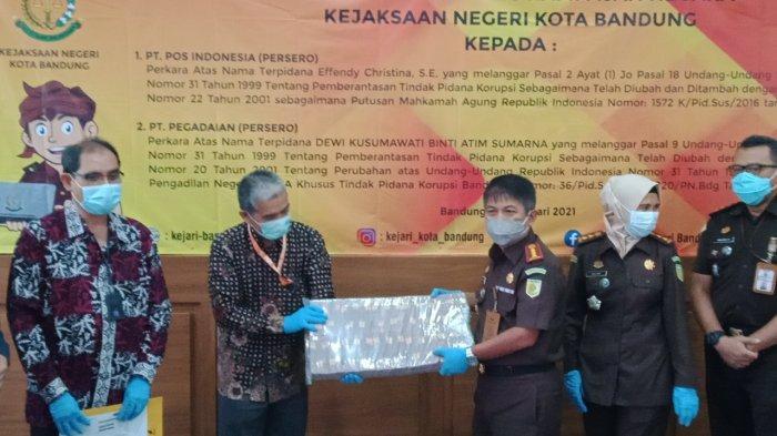 Jaksa Kembalikan Duit Milik PT Pos Indonesia Rp 9,4 Miliar, Rampasan dari Kasus Korupsi