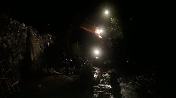 Jalan Alternatif Purwakarta-Subang Terputus Malam Ini, Longsor Terjadi di Wanayasa