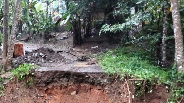 Hujan Deras Kemarin Malam di Wilayah Selatan Kabupaten Tasikmalaya, Timbulkan Bencana di 18 Titik