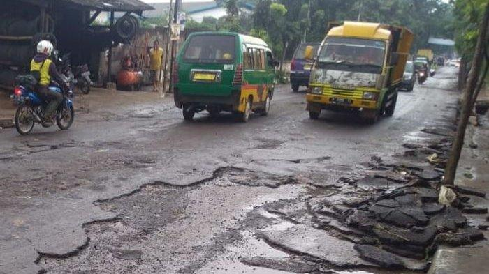 Perbaikan Jalan Mahar Martanegara Kota Cimahi Bakal Dikerjakan Akhir Bulan Ini