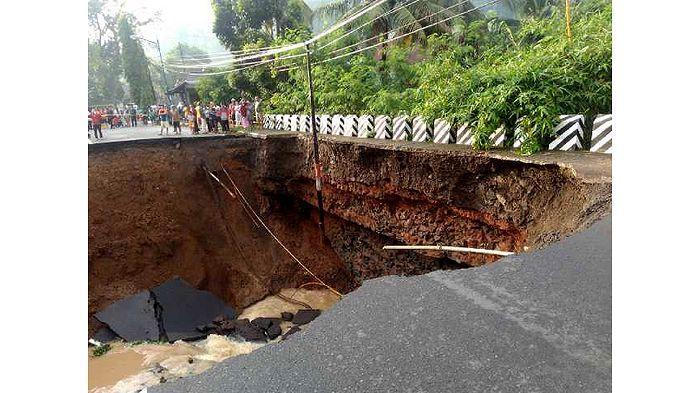 Ini Pengalihan Arus Akibat Jalur Utama Provinsi Jabar ke Jateng Lewat Banjar Terputus