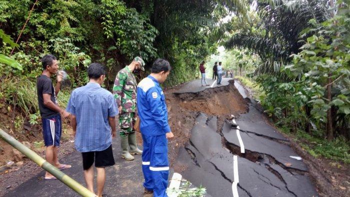 Jalan Poros Angsana-Gunung Kelir Kembali Amblas, Jalur alternatif Ciamis-Pangandaran Kembali Putus
