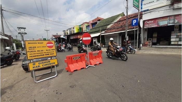 Kadishub Kabupaten Cirebon Optimis Pemberlakuan One Way di Dua Ruas Jalan Sumber Berdampak Positif