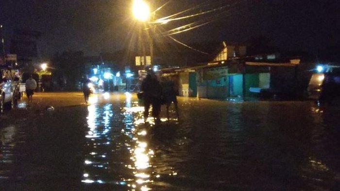 Dayeuhkolot Banjir, Akses Menuju Kota Bandung dari Kabupaten Bandung Terputus