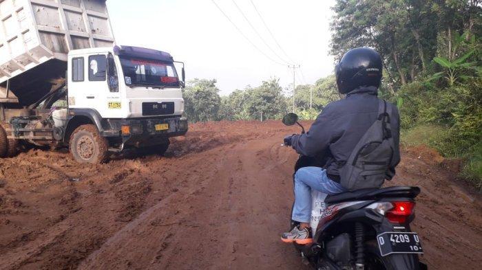 Pemkab Purwakarta Minta Proyek Kereta Cepat Jakarta-Bandung Dihentikan Dulu, Jalan Harus Diperbaiki