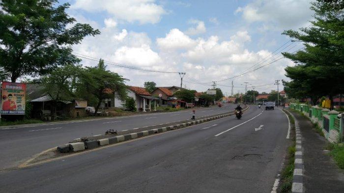 Volume Kendaraan di Jalur Mudik di Perbatasan Bekasi-Jakarta Berkurang, Jalanan Sepi dan Lancar