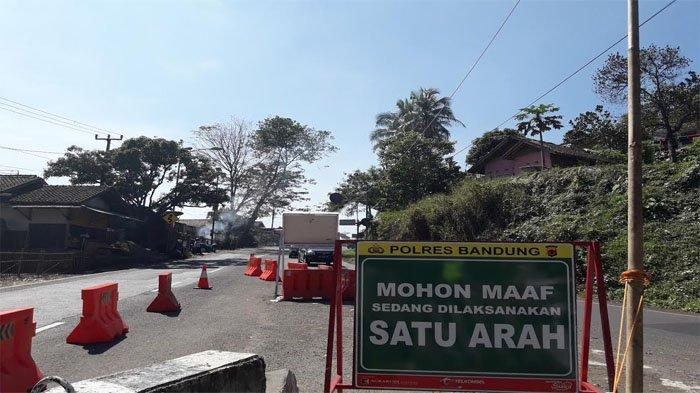 Polisi Berlakukan Sistem One Way di Jalur Selatan untuk Atasi Kemacetan