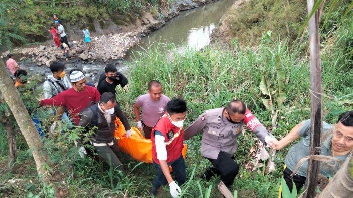 Jasad Pria Berbaju Koko Gegerkan Warga Cianjur, Mengambang di Sungai Cilaku