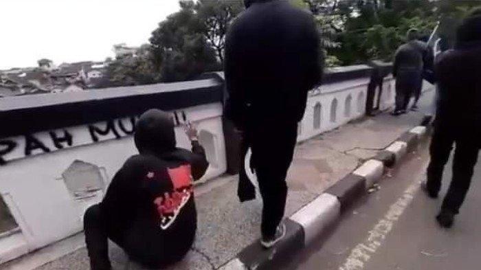 Dua Saksi Perekam Aksi Vandalisme Anarko Sindikalisme di Malang Diamankan Polisi