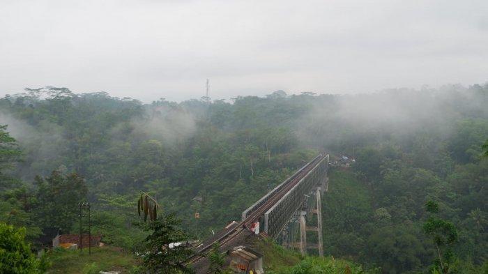 Identitas Lelaki yang Terjun Bebas dari Jembatan KA Cirahong Terungkap, Ternyata Pensiunan BUMD