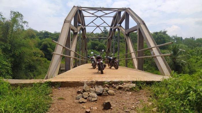 Warga Belum Bisa Menikmati Proyek Jembatan Miliaran Rupiah, Akan Dianggarkan Dua Tahun Lagi