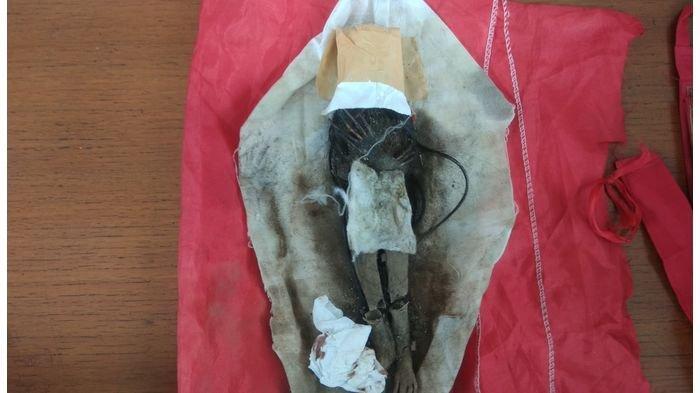 Jenglot Milik Tersangka Begal Angkot Kepalanya Ditutup Kertas, Ada Cerita Mistis Usai Penangkapan?