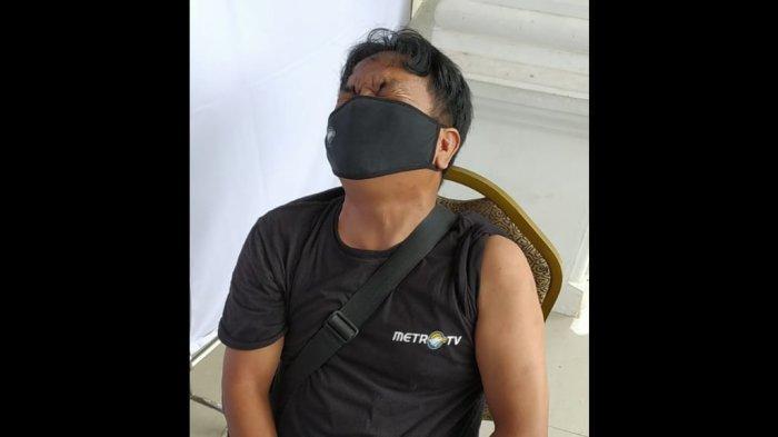 Jurnalis di Cianjur Meringis dan Minta Dipegangi saat Lihat Jarum Suntik, Vaksinasi Berjalan Lancar
