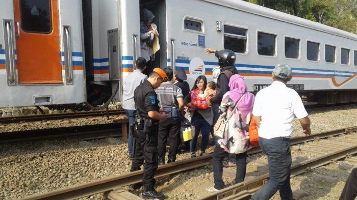 KA Serayu Anjlok, Kereta Api Turangga Dialihkan Ke Jalur Utara