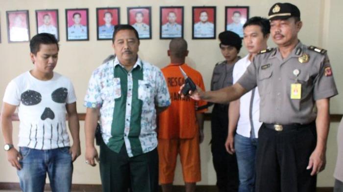 Biadab . . ! Gara-gara Cinta Ditolak, Pria Ini Tebas Leher Sang Gadis Hingga Tewas di Kebun Bambu