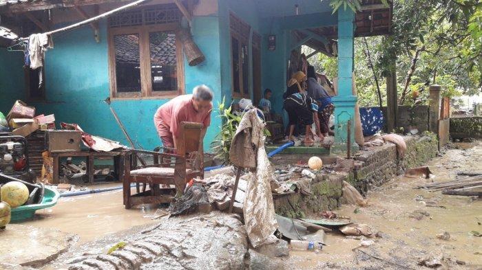 Hujan Deras Seharian, 13 Desa dari 2 Kecamatan di Sumedang Terendam Banjir