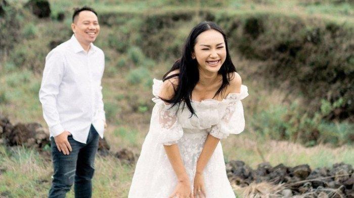 Rumah Tangga Kalina dan Vicky Prasetyo Nyaris Retak, Kini Baikan Lagi, Vicky Akhirnya Susul Istri