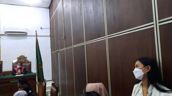 Vicky Prasetyo Divonis 4 Bulan Penjara Terkait Kasus dengan Angel Lelga, Kalina Menangis