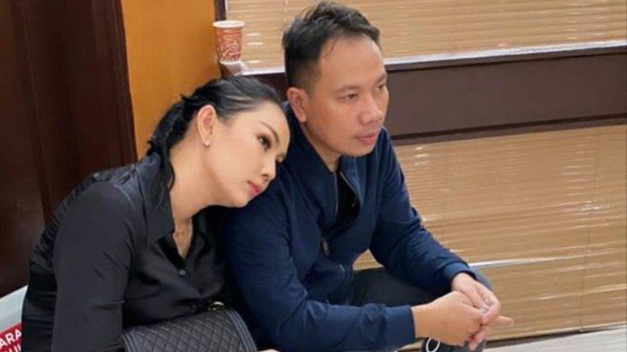 Vicky Prasetyo Batal Nikah dengan Kalina, Mantan Istrinya Ada 24, dari Bule hingga Angel Lelga