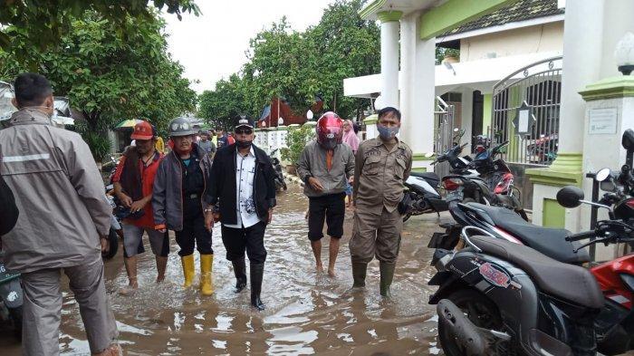 WASPADA, Banjir Kembali Menggenangi Sejumlah Daerah di Karawang, Diguyur Hujan Semalaman