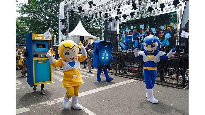 Seru! Karnaval Budaya Kolosal West Java Festival bersama bank bjb