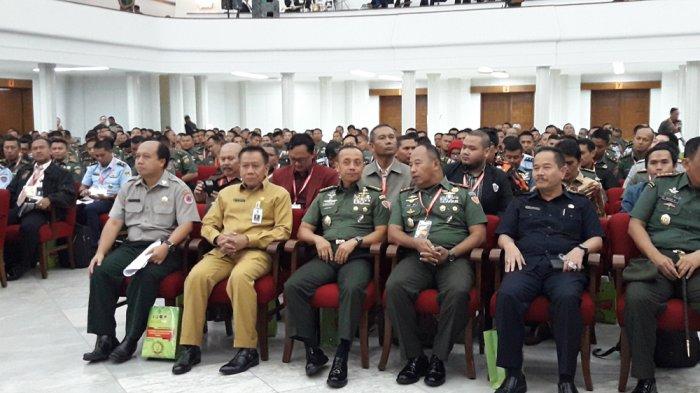 Dalam Seminar di Gedung Merdeka, TNI AD dan Pemerintah Bersinergi dalam Penanggulangan Bencana Alam