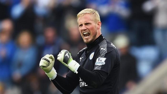 Semifinal Euro 2020 Inggris vs Denmark: Kasper Schmeichel Pakai Sarung Tangan Istimewa