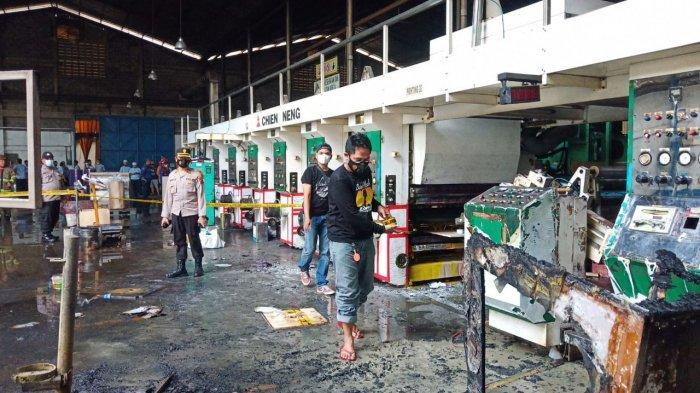 Pabrik di Cikopo Purwakarta Terbakar Siang Tadi, Satu Orang Alami Luka Bakar, Ini Kronologinya