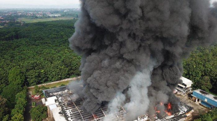 Penyebab Kebakaran di PT Dunia Daging yang Apinya Diduga Muncul dari Penggorengan Masih Diselidiki