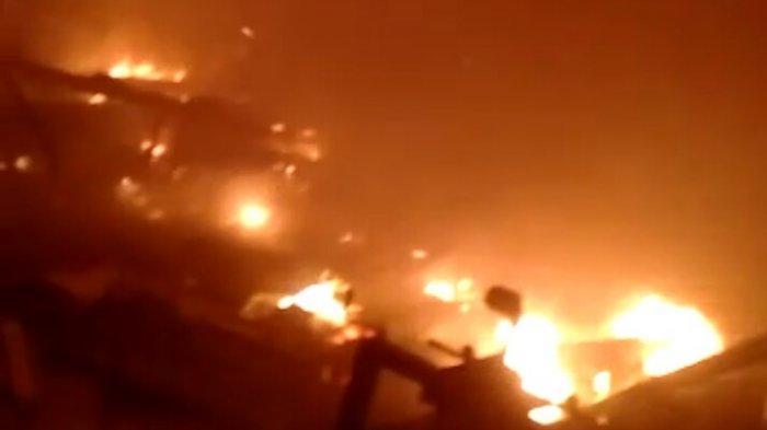 Kebakaran Melanda Pabrik Air Mineral Kemasan di Cimanggung Sumedang, Kerugian Ratusan Juta Rupiah