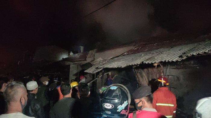 Situasi Terkini Pasar Cigasong Majalengka yang Terbakar, Kapolsek: Api Diduga dari Kios Kelontongan