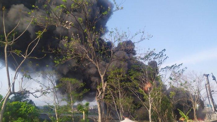 UPDATE Kebakaran Pipa Minyak di Cimahi, Jalan Tol Arah Cileunyi Ditutup, Terdengar Ledakan
