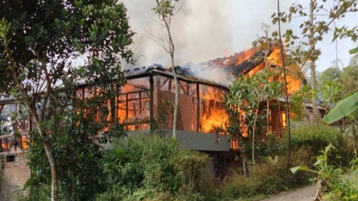 Kebakaran Rumah di Bungbulang Garut, 2 Motor Baru Ikut Hangus