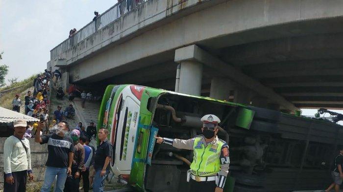 Kecelakaan Maut di Tol Cipali, 2 Korban Meninggal Dunia dan 16 Orang Luka-luka, Ini Daftar Korbannya