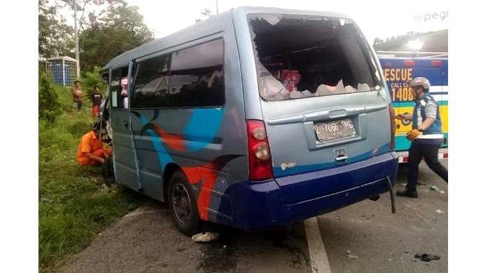 BREAKING NEWS - Kecelakaan Maut Kembali Terjadi di Tol Cipularang, 2 Orang Tewas dan 1 Luka Berat