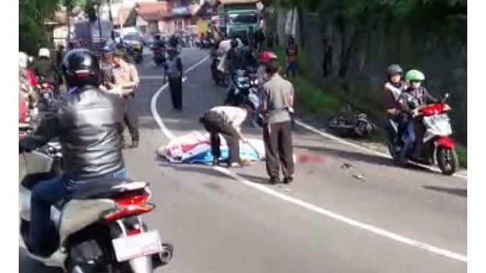 Pengemudi Motor Yamaha Vixion Tewas Terlindas Truk Batu Bara di Jalan Bandung-Sumedang