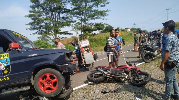 Tabrakan Beruntun Libatkan 4 Kendaraan di Jatigede Sumedang, Tiga Pemotor Dilarikan ke Rumah Sakit