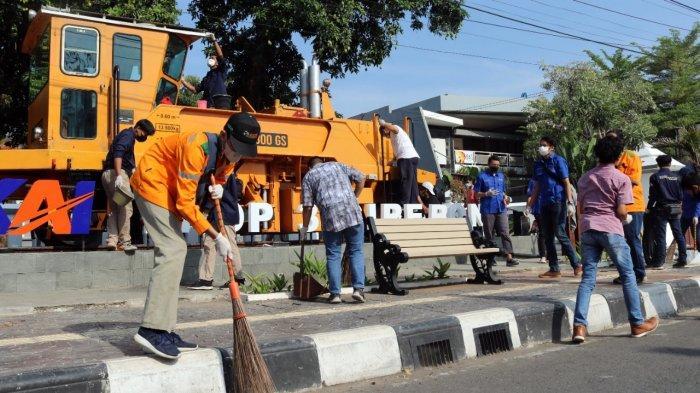 Peringati Hari Lingkungan Hidup PT KAI Daop 3 Cirebon Ajak 'Geruduk' Monumen Kereta Api, Lakukan Ini