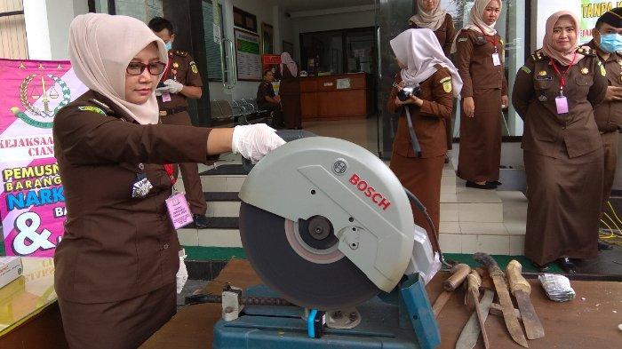 118 Kilogram Ganja Dimusnakan, Kasus Narkoba Jadi Jumlah Kasus Terbanyak di Cianjur pada 2019