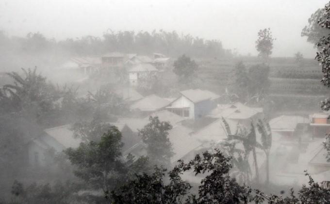 Lereng Gunung Kelud Diguyur Hujan Deras