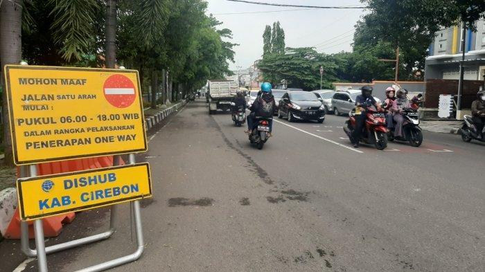 Uji Coba One Way di Dua Ruas Jalan Kecamatan Sumber Cirebon Dihentikan Sementara