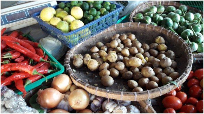Pedagang Pasar Tanjungsari Sumedang Keluhkan Harga Kentang Mahal Tapi Kualitas Tidak Terlalu Bagus