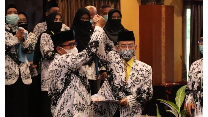 Kadisdik Purwakarta Terpilih Sebagai Ketua PGRI Purwakarta Periode 2020-2025