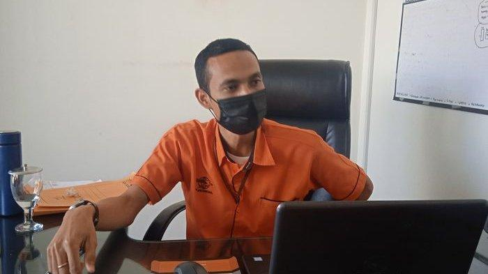 Kepala Kantor Pos Garut, Andrianto